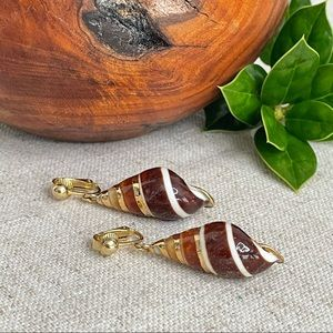 Vintage Gold Trimmed Shell Clip Earrings